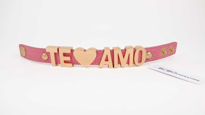 Bratara BCBGeneration Affirmation bracelet TE AMO roz