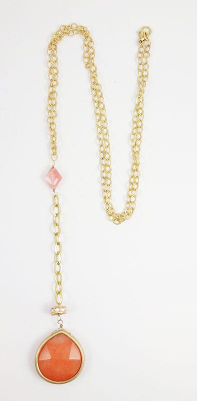 Colier LOFT auriu cu medalion corai si cristale