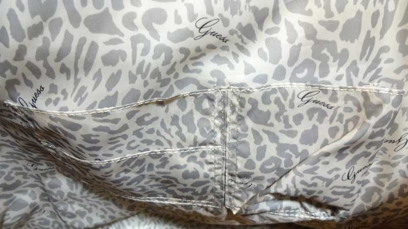 Geanta Guess Litany Carryall Tote - interior