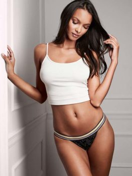 Chiloti Victoria's Secret Velvet String Bikini Panty Black - model
